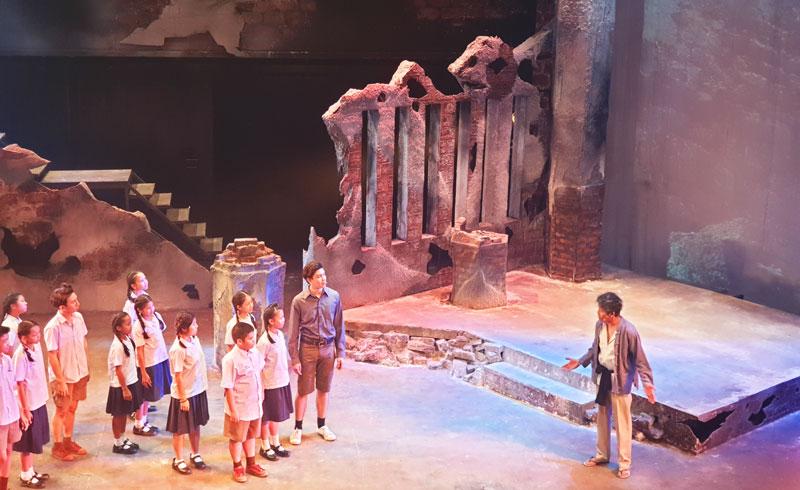 ถอดบทเรียน, ละครขุนเดช, ขุนเดช เดอะ มิวสิคัล, Project-Based Learning, ภาควิชาศิลปะการแสดง, ม.กรุงเทพ, มหาวิทยาลัยกรุงเทพ, ละครเวที, ละครแสงสีเสียง, ละครเพลง, ขุนเดชคือใคร, การเรียนรู้ของเด็ก, การศึกษาของเด็ก, รักลูกพลัส, รักลูก, ละครนิทาน, ถอดบทเรียนละครขุนเดช, ละครม.กรุงเทพ, ละครเวทีม.กรุงเทพ, ละครมหาวิทยาลัย, ละครนักศึกษา