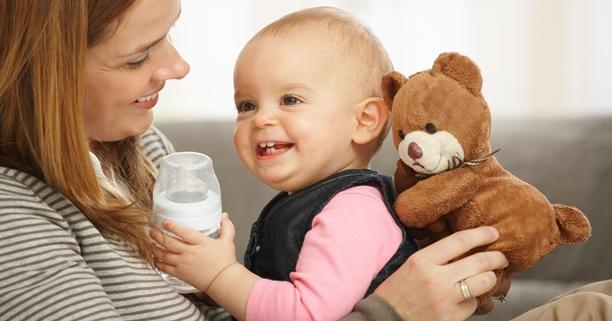 นมผง, นมเด็ก, แคลเซียม, นมเสริม, น้ำมันปาล์มในนมผง, นมชง, เด็กทารก, ลูกเล็ก, ชงนมให้ลูก, นมชง, นมกระป๋อง