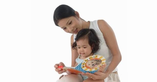 พัฒนาการเด็ก, หนังสือภาพ, เด็กวัย 0-3 ปี, พัฒนาการทางสังคม, พัฒนาการทางอารมณ์, พัฒนาการทางภาษา, การส่งเสริมพัฒนาการ, เซลล์สมอง, สำนักงานกองทุนสนับสนุนการสร้างเสริมสุขภาพ (สสส.), แผนงานสร้างเสริมวัฒนธรรมการอ่าน, การเรียนรู้ของสมอง, หนังสือภาพสำหรับเด็ก, ซินแนปส์, synapses, เซลล์สมองฝ่อ, สมอง