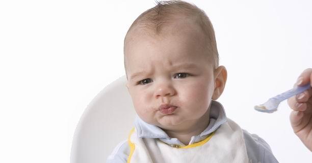 อาหารเสริม, เด็กวัย 8  เดือน, ฟัน, ฟันไม่ขึ้น, อาหารเด็ก, การให้อาหารเด็ก, ฟันขึ้นช้า, การให้อาหารเสริม, ลักษณะอาหารเด็ก, พัฒนาการ, เด็ก 8 เดือน
