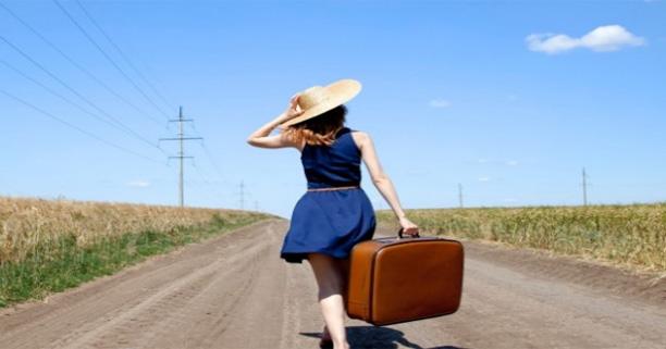 เตรียมตัว,วิธีการ,เคล็ดลับ,ป้องกัน,อัตราย,ระวังภัย,ผู้หญิง,อันตรายสำหรับผู้หญิง,เที่ยว,ท่องเที่ยว,เดินทาง,การเดินทาง,การท่องเที่ยว,เดินทางคนเดียว,เที่ยวคนเดียว,ไปไหนคนเดียว,ตัวคนเดียว,สาวๆ,กลางคืน,ช่วงเวลากลางคืน,ดึก,ปลอดภัย,ระวังตัว,ภัยสังคม,ระมัดระวัง,ปลอดภัย,ข่าวร้าย,เหตุร้าย,น่ากลัว,รถไฟ,นั่งรถไฟ,เดินทางด้วยรถไฟ,เดินทางโดยรถไฟ,รถประจำทาง,รถโดยสาร,เจ้าหน้าที่,ภัยอันตราย,ป้องกันตัว,infographic,อินโฟกราฟฟิค,อินโฟกราฟฟิก