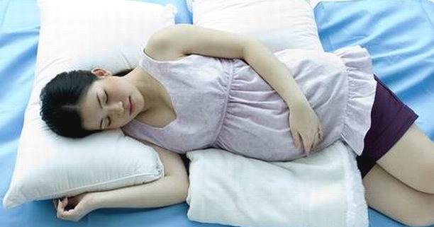 แม่ท้อง, แม่ตั้งครรภ์, การนอน, นอนไม่หลับ, การนอนช่วงตั้งครรภ์, ฮอร์โมนโปรเจสเตอโรน, ความดันโลหิตสูง, ภาวะครรภ์เป็นพิษ, ท่านอน, ท่านอนช่วงตั้งครรภ์, ยานอนหลับ