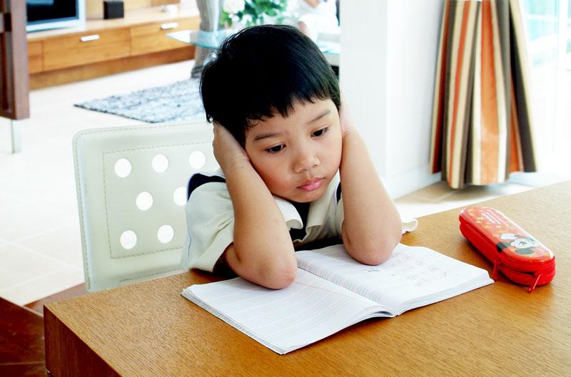 ติวเข้าป.1, สอบเข้าป.1, เด็กอนุบาลเตรียมสอบ, เตรียมสอบเข้าป.1, เร่งเรียน, ลูกอนุบาลเร่งเรียน, โรงเรียนเตรียมความพร้อม, ลูกสอบไม่ติด, อยากให้ลูกสอบติด, อยากให้ลูกสอบเข้าสาธิต, อยากให้ลูกเรียนสาธิต, โทษของการเร่งเรียน, ผลเสียของการเร่งเรียน, ผลเสียของการกดดันลูกสอบ