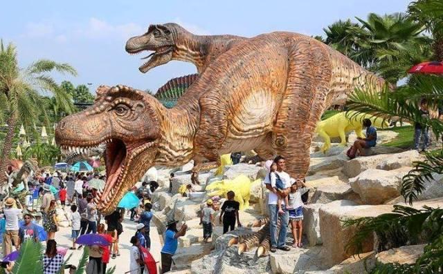 พิพิธภัณฑ์ไดโนเสาร์,  หุบเขาไดโนเสาร์, พิพิธภัณฑ์และแหล่งเรียนรู้, พาลูกไปเที่ยว, กิจกรรมครอบครัว, ปิดเทอมเที่ยวไหนดี, สวนนงนุช, ไดโนเสาร์, สถานที่เที่ยวของเด็ก, ปิดเทอมไปเที่ยวดี,