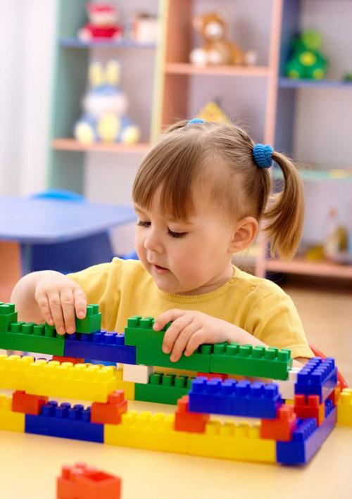 ผลการค้นหารูปภาพสำหรับ รูปเด็กเล่นโก้